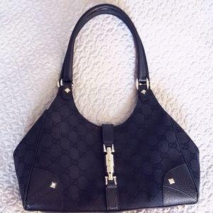Gucci purse (authentic)